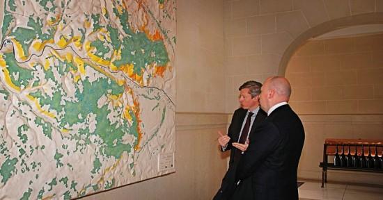 Grande mappa a muro delle vigne Louis Roederer