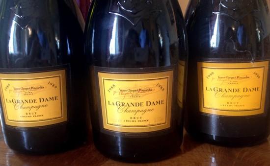 champagne verticale Veuve Clicquot La Grande Dame 1990 1989 1988