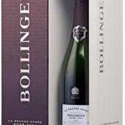 bottiglia con confezione di champagne La Grande Année Rosé 2004 di Bollinger