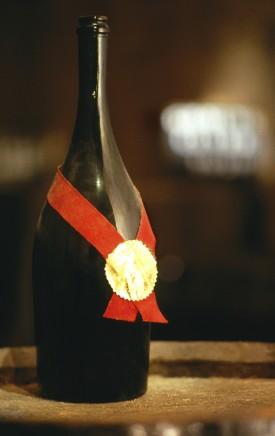Storica bottiglia di champagne Cordon Rouge