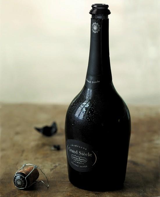 bottiglia di champagne Grand Siècle, cuvée de prestige di Laurent-Perrier