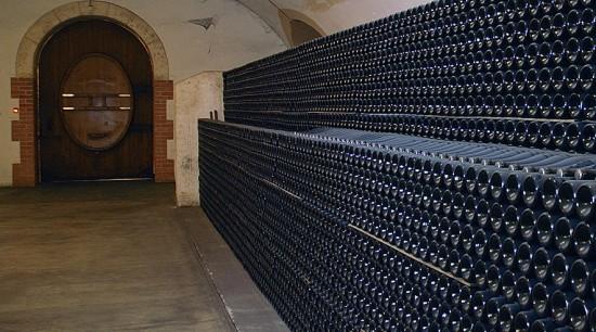 Roederer 2008, bottiglie in cantina
