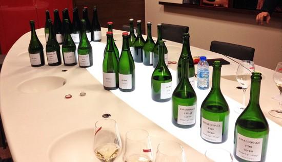 degustazione mumm, bottiglie di champagne