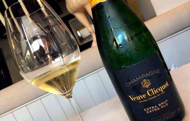 bottiglie in degustazione di Veuve Clicquot Extra Brut Extra Old