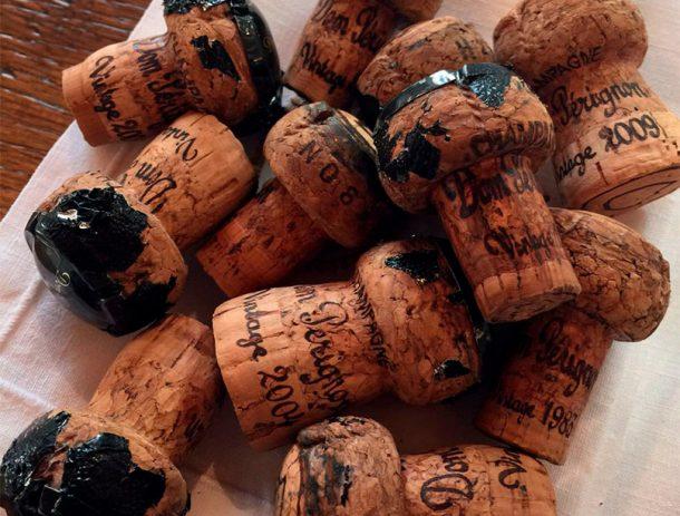 Tappi Vintage Dom Pérignon in verticale